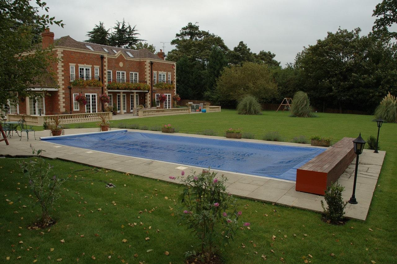Всесезонное накрытие для бассейна