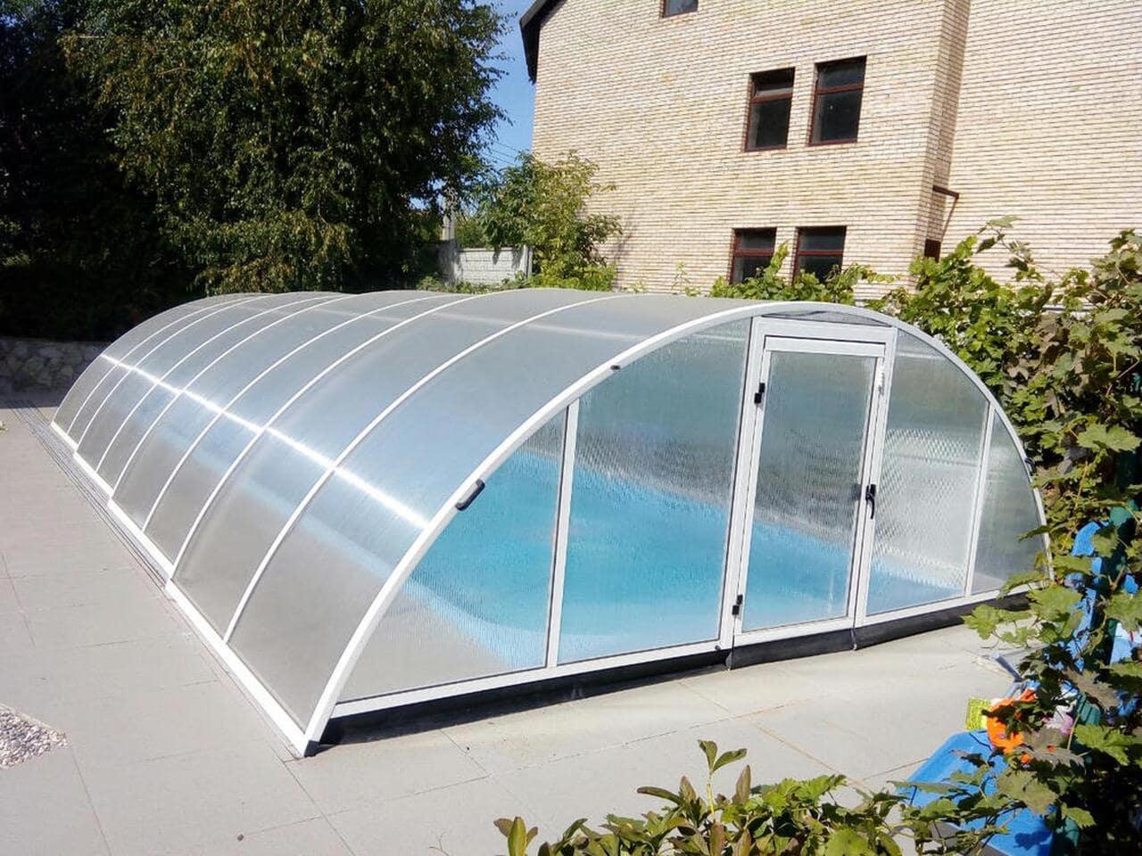 Павильоны для бассейнов или накрытия, что лучше?